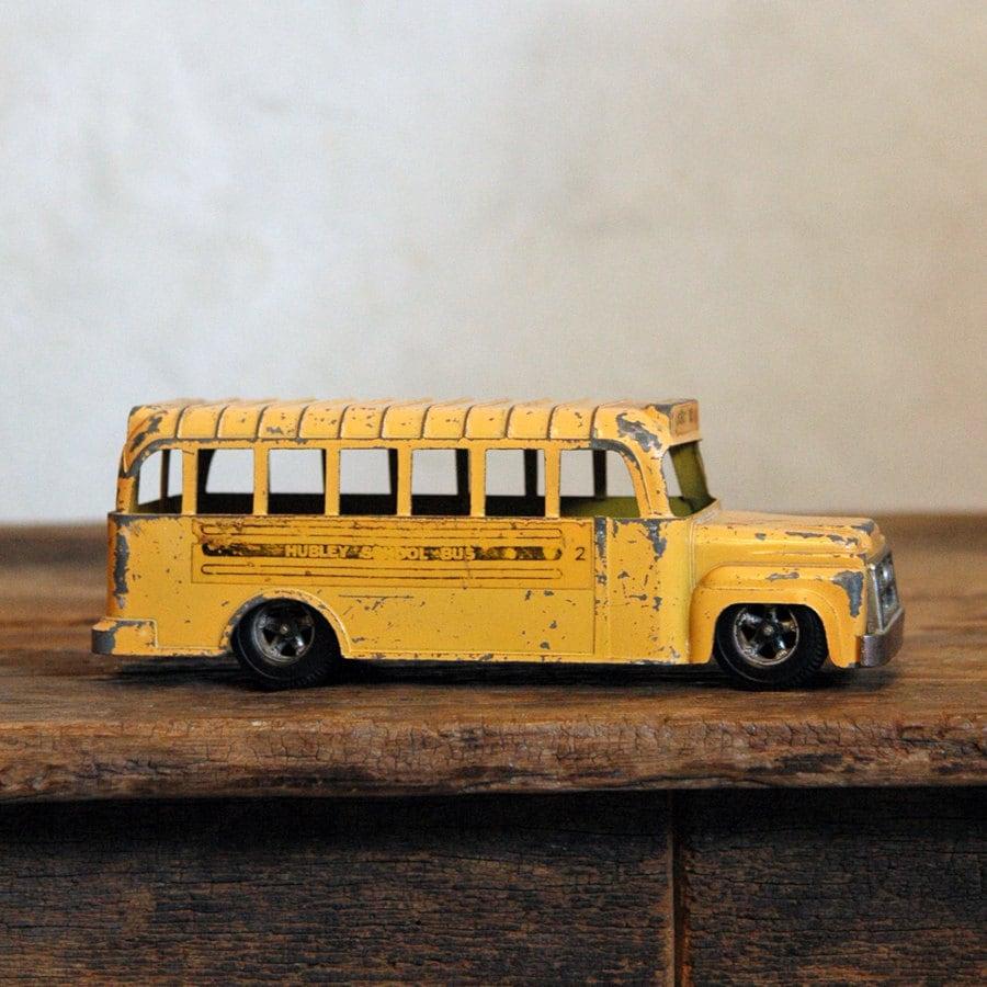 Hubley School Bus Vintage 60s Diecast Toy