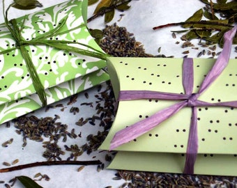 Lavender sachets in cute pillow boxes, great for wedding favors, hostess gift, shower favors, treat yourself. Great gift for any occasion
