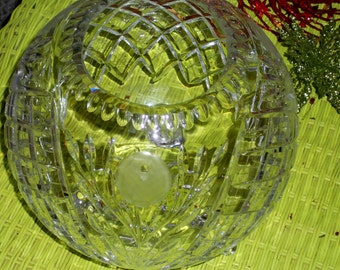 Hollywood regency Vintage large cut glass crystal bowl with feet