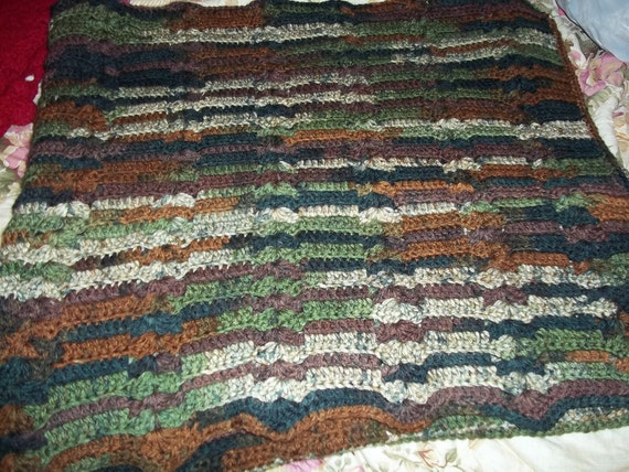 Handmade Crochet Afghan Bulky Soft Yarn 70x61 by lifeafter50
