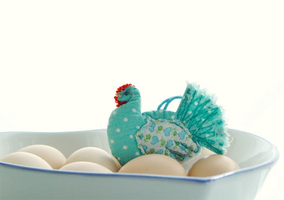 LITTLE TEXTILE HEN, Folk Ornament, Handmade in Poland, Teal Quilted Decor