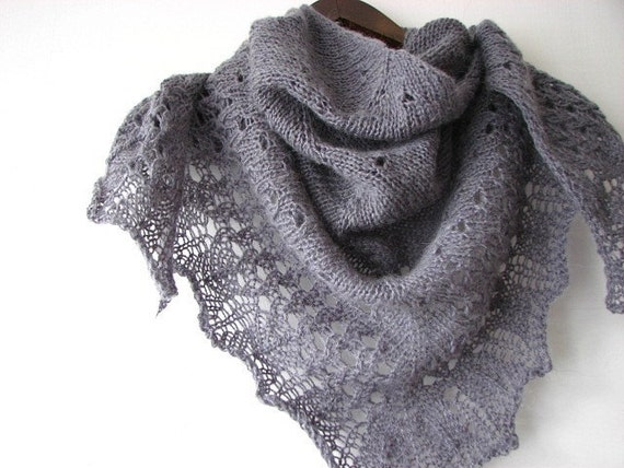 Grey Mouse - hand knitted shawl