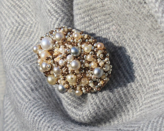 Beaded pearl brooch, exquisite accessory, FREE SHIPPING