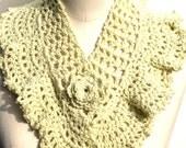 Crochet neckwarmer in Queen Anne's lace in yellow