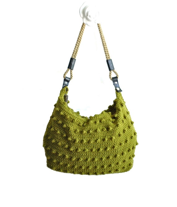 Green handbag with handles and zip -shoulder bag-crochet bag-hand made