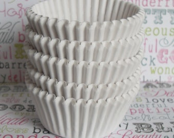 BULK Cupcake Liners, Baking Cups in your choice of colors - Professional Grade and Greaseproof - (350) Ct.