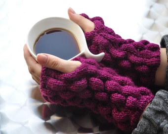 Purple - burgundy colored fingerless gloves