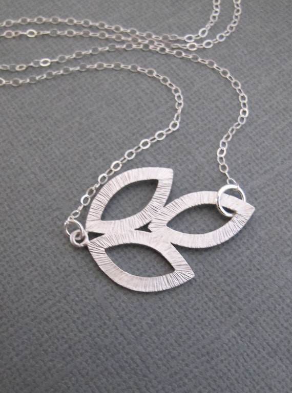 LOVE SALE Ancestry Leaf Sideways necklace in STERLING Silver. Everyday Wear. Bridesmaids Gift.