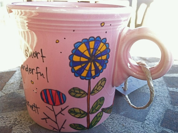 """Frances Hodgson Burnett """"Hang in there"""" Literary Quote Mug - Pale Pink with flowers"""