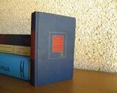 Vintage Book: Nathaniel Hawthorne, The Scarlet Letter, 1950