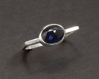 Iolite and sterling silver ring