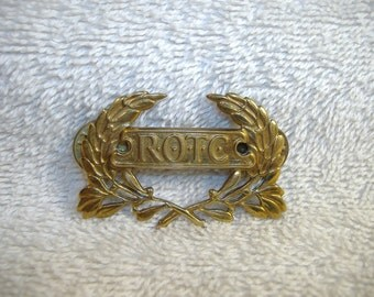 Vintage 1960's ROTC Brass Cap Badge. Very Collectible. Nice Detail