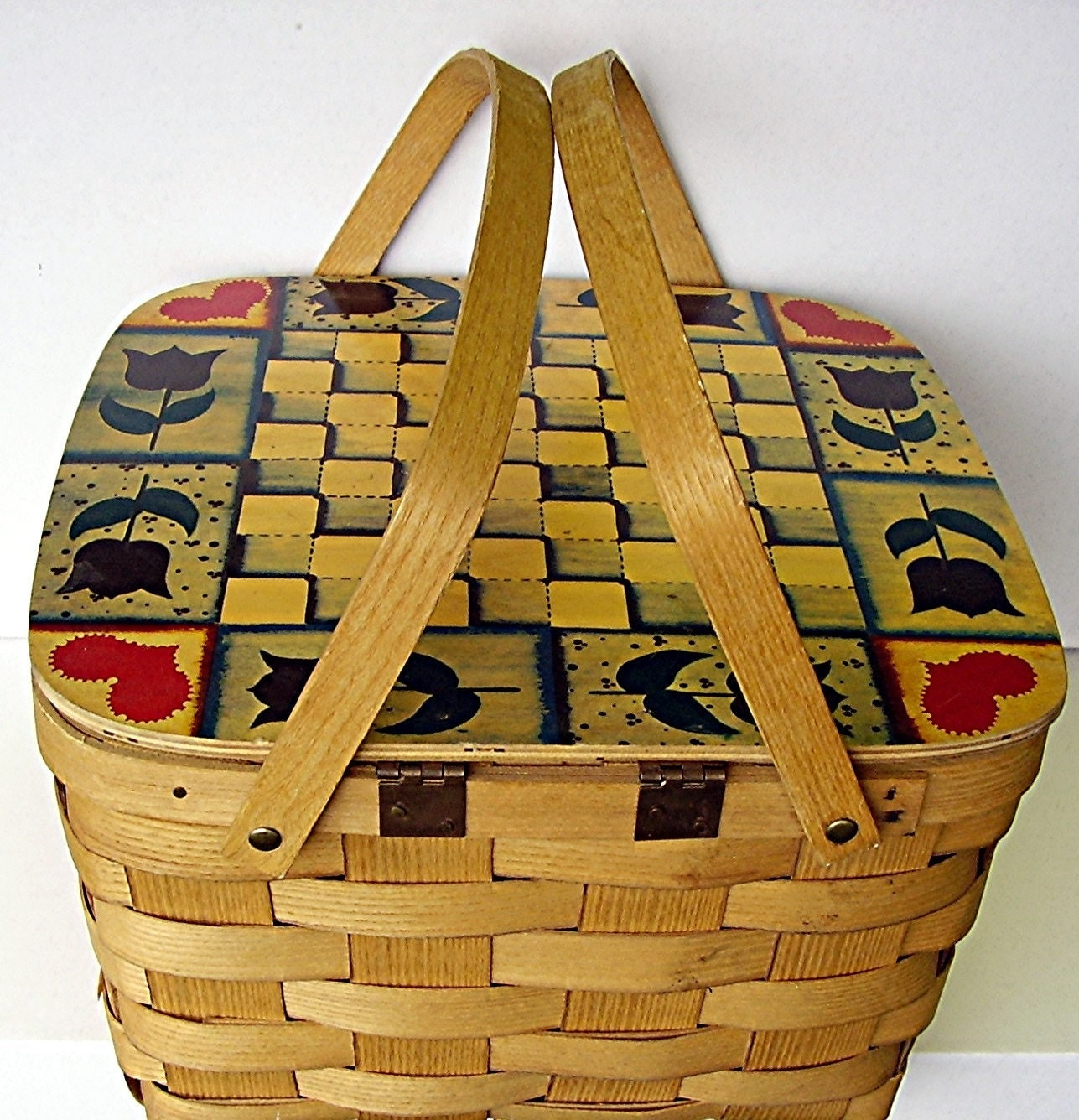 Picnic Basket Pie : Vintage picnic basket basketville pie carrier by