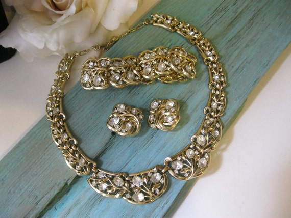 SALE....Vintage Crown Trifari Rhinestone Set Necklace Bracelet Earrings Signed