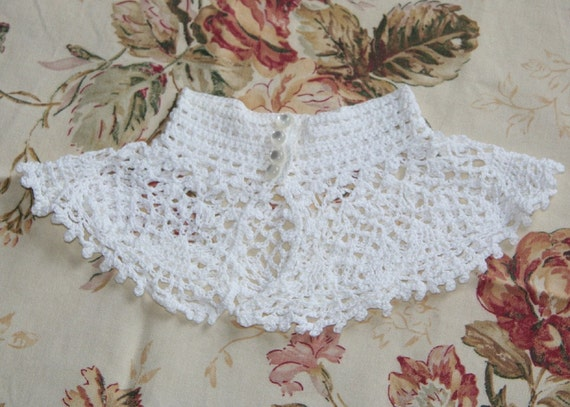 Vintage Handmade Collar - Crocheted Collar, Victorian Style, White Collar with Faux Pearl Buttons