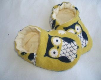 Baby Owl Newborn Baby Shoes Booties  -  Owls