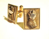 FREE SHIPPING Vintage SWANK Royal Knight's Gauntlet Mother of Pearl Cufflinks