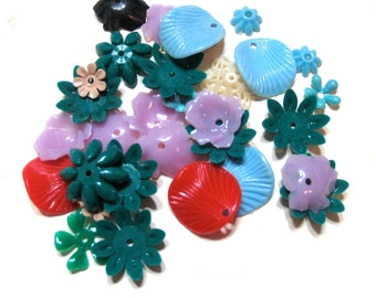 Vintage Plastic Stacking Flower Beads Mix / Charms / Bead Caps / Hard and Flexible Pieces (35)