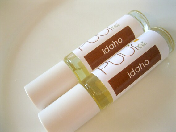 Perfume Oil - Idaho - Roll On Perfume Paraben Free Soil, Pine, Floral Woodsy Scent 7ml Glass Bottle
