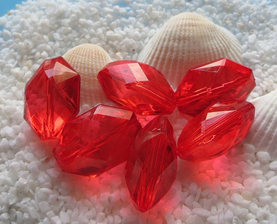 Acrylic Faceted Transparent Red Beads - Hexagon Oval Shape - 22mm x 15mm -  12 pcs