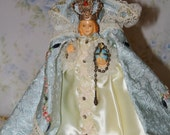 Vintage Infant Jesus of Prague Miniature Statue Estate Quality Crown Dust Cover Vestments