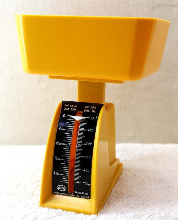 Yellow Plastic Kitchen Scales - Up to 500g or 1lb 2oz - 25% off during August
