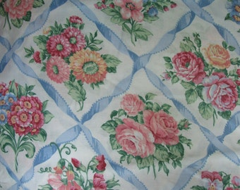 Fabric - Floral Bouquets - White - 3 yards
