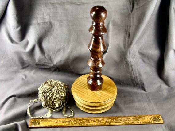Spinner's Roving Distaff, Oak & Gunstock Walnut Burl