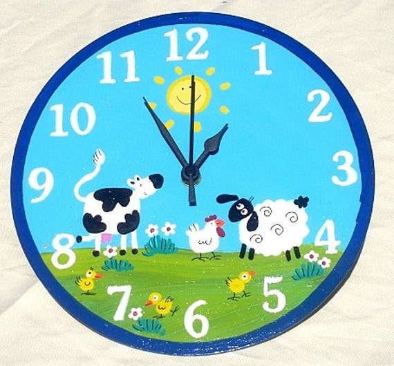 Round Wall Clock With Animals Painting