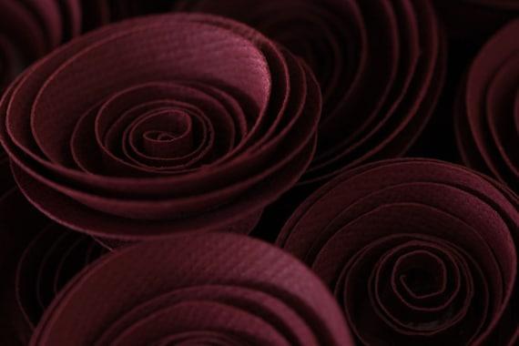 Boysenberry burgundy paper flowers. Set of 24. Perfect as wedding decoration.