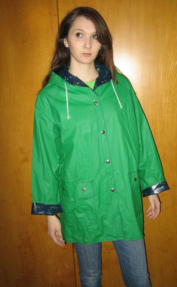 Free Willy Vintage 80s Preppy Whale Vinyl Raincoat Slicker