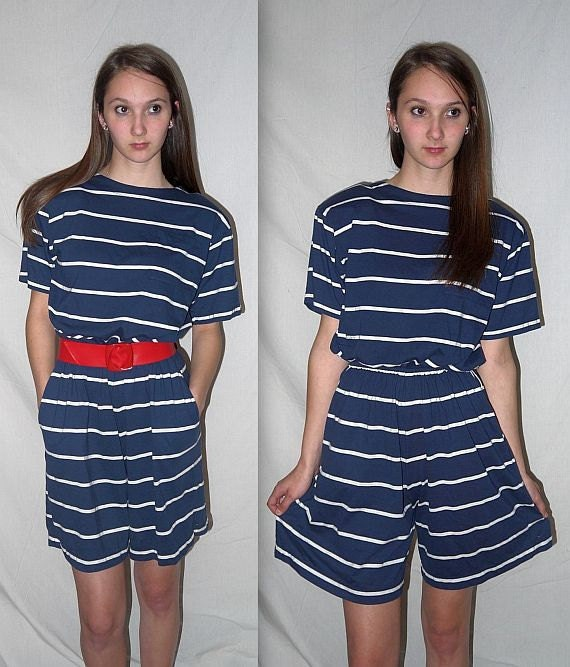Sweet sailing .... Vintage 80s romper onsie / button back / nautical stripe / navy white shorts set ... S M / bust 38