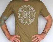 Pueblo Mandala unisex tee - SALE - military green - original screenprint - adults Large - tribal t shirt - mens tshirt