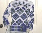 Size Medium Womens Top Vintage 60s 70s Poly Knit blouse Mod Geometric Print