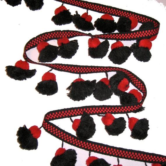Home Decor Trim: POMPOM Fabric Trim Black Red Pom Pom Tassel Home Decor Trim
