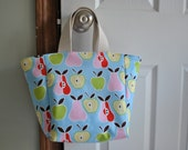 Apples to Pears Lunch Bag