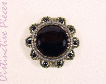 Black Onyx Brooch or Pendant - Beadwork Embroidered Pin, Flower Shaped Brooch, Black Onyx Cabochon, Handmade Scalloped Edge Pin, PR0030002