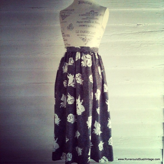Vintage Skirt - Black and White Dotted Floral