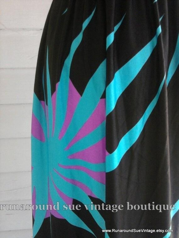 on sale : Vintage Skirt - 70s 80s Shiny Black DISCO Skirt S