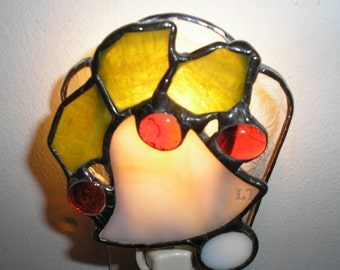 LT Stained glass Christmas holly Bell berries night light lamp made with a very light mauve glass