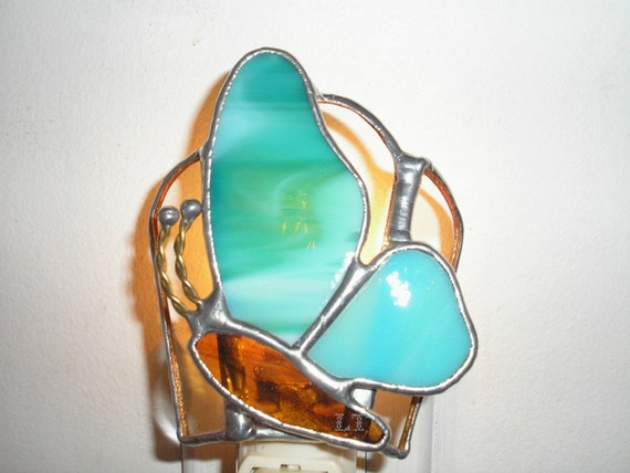 lt stained glass butterfly night light lamp made with aqua turquoise. Black Bedroom Furniture Sets. Home Design Ideas