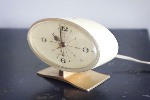 GE alarm clock