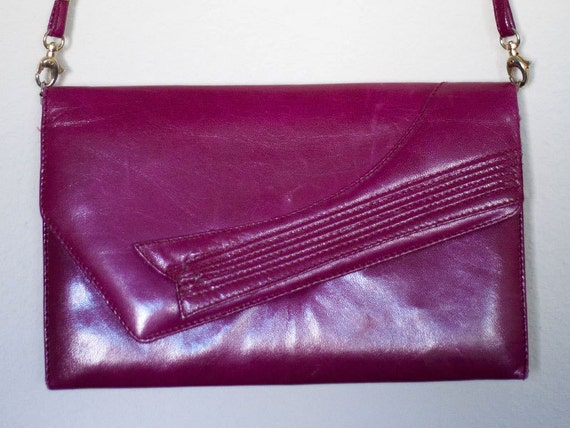 Vintage 1980s Dark Magenta Fuschia Clutch / Purse