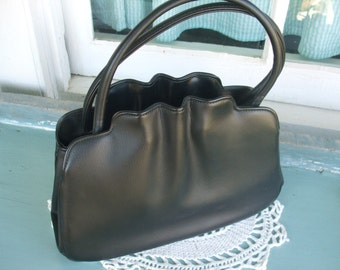 Handbag Vintage Black Vinyl Empress Bag Kiss Lock SALE