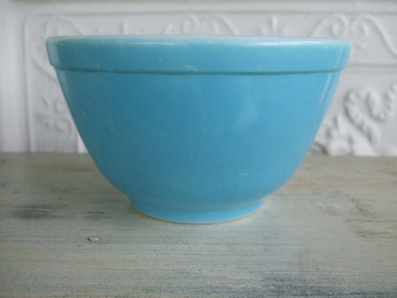 Pyrex Mixing Bowl Blue 1940s 400 Multicolored Mixing Bowl Set 401