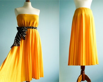 Vintage maxi skirt yellow / long pleated skirt / 70s / medium