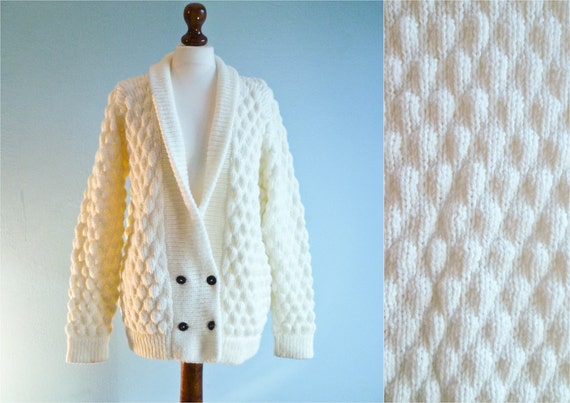 Vintage chunky cardigan sweater / cable knit  / white cream / large oversize
