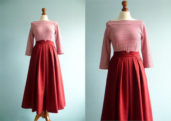 Vintage maxi long skirt / maroon red / high waist yoke /