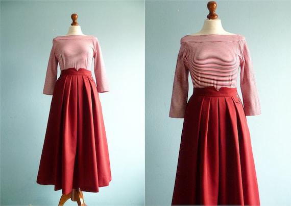 Vintage maxi long skirt / maroon red / high waist yoke /
