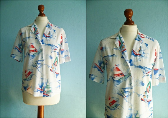 Vintage nautical shirt blouse / white  blue red / buttoned / short sleeves / 70s / small medium